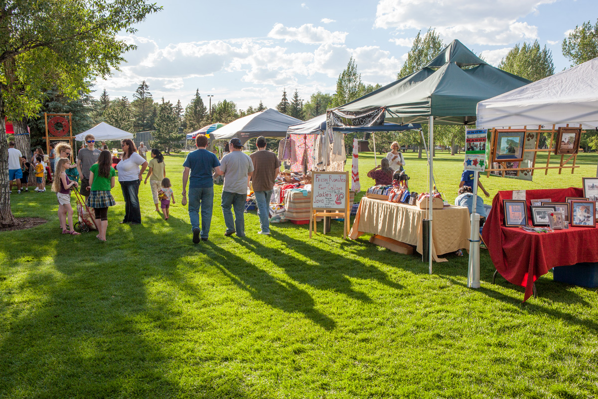 undine park arts vendor farmers market small.jpg