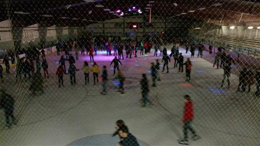 Skating_thumb.jpg
