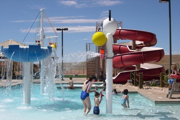 Laramie-Recreation-Center-Outdoor-Pool-Water-Slide-1-630x472.jpg
